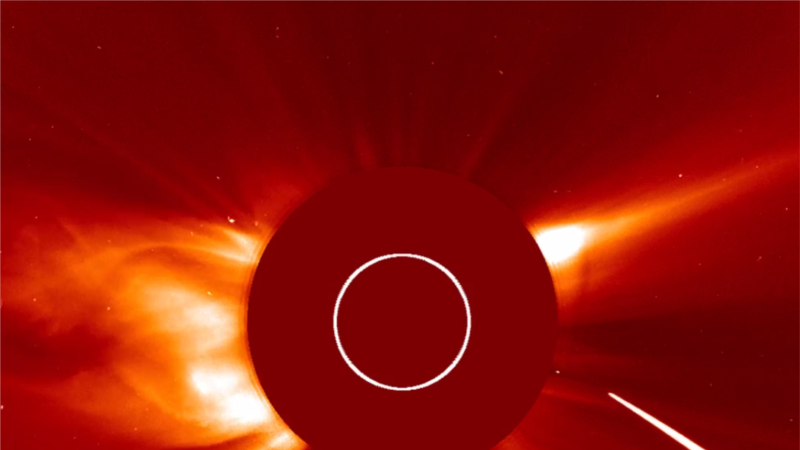 Watch a Comet Plunge Toward the Sun at 2 Million KPH