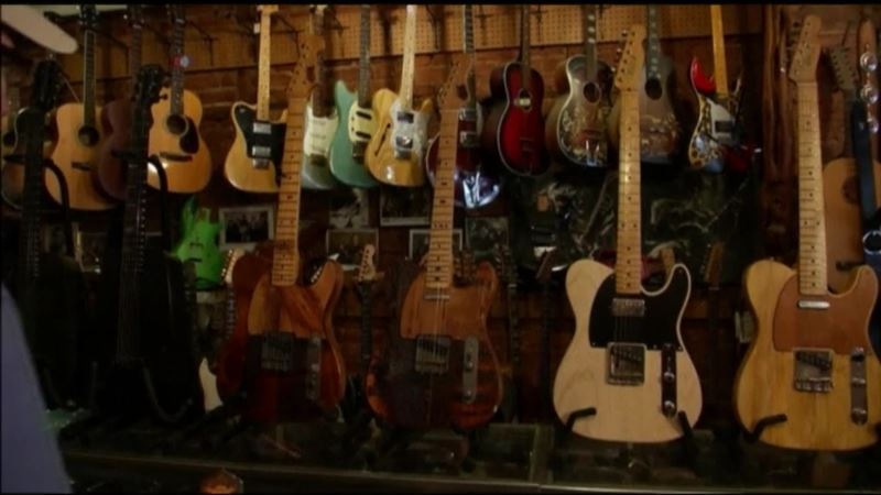 Luthier Turns Wood From Landmark N.Y.C. Buildings Into Guitars