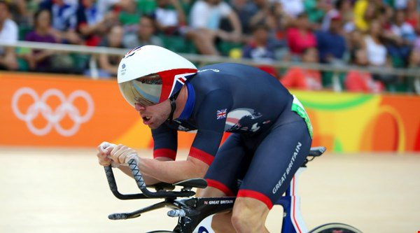 Mark Cavendish at the centre of controversy and drama as he wins silver medal