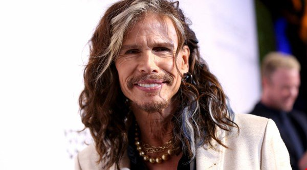 Aerosmith singer Steven Tyler attacks Disney World for hand gesture cover-up