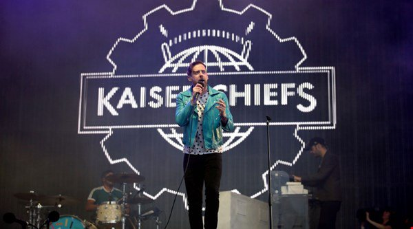 Kaiser Chiefs' beach gig called off as sea damages stages