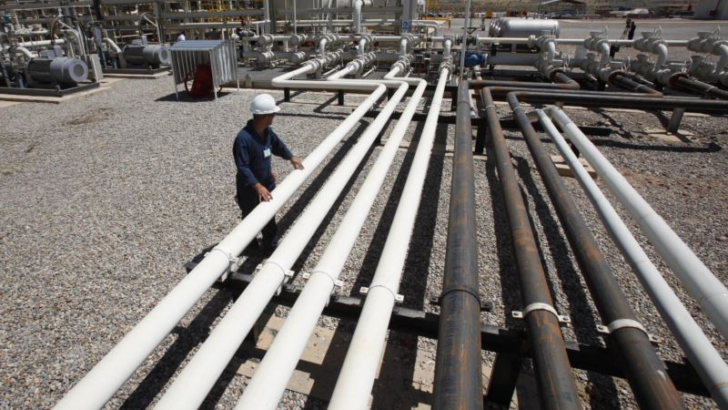 Iraq Resumes Pumping Oil Through Kurdish Pipeline