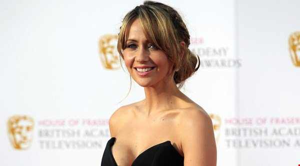 Corrie stars congratulate Samia Ghadie as she ties the knot