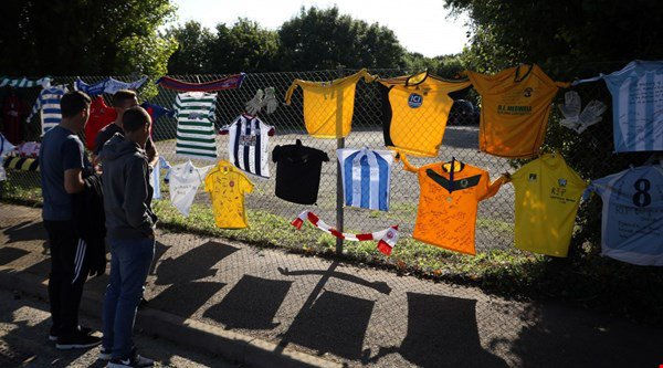 How football came together in the wake of the Shoreham Airshow crash