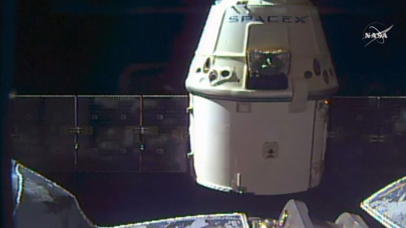 SpaceX Dragon Returns to Earth With Station Science, Gear