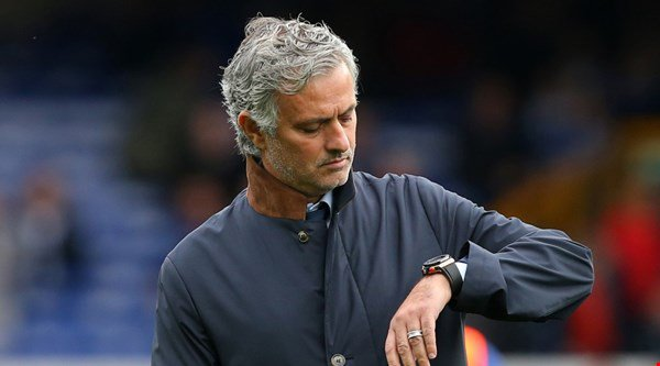 Fans are convinced Jose Mourinho has brought 'Fergie Time' back after Man United's last-minute victory against Hull